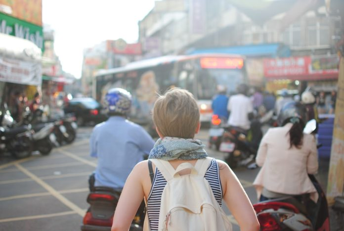 Cum să călătorești în siguranță dacă ești viitoare mamă?