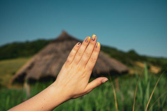 Informatii interesante despre istoria îngrijirii unghiilor